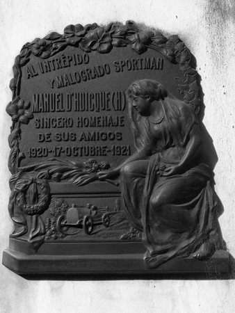 Recoleta Cemetery, Buenos Aires, Manuel d'Huicque