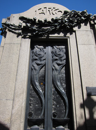 Recoleta Cemetery, Buenos Aires, Jorge Larco