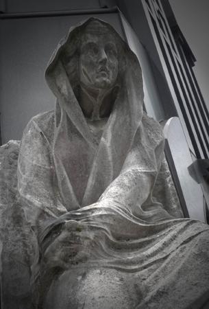 Argentina, Buenos Aires, Recoleta Cemetery, statue, estatua, gaze, mirada