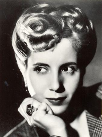 Eva Perón by Annemarie Heinrich